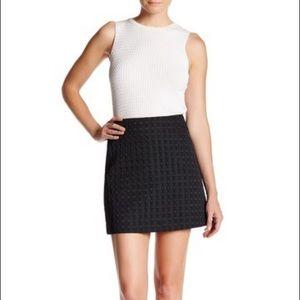 Theory black irenah squares mini skirt